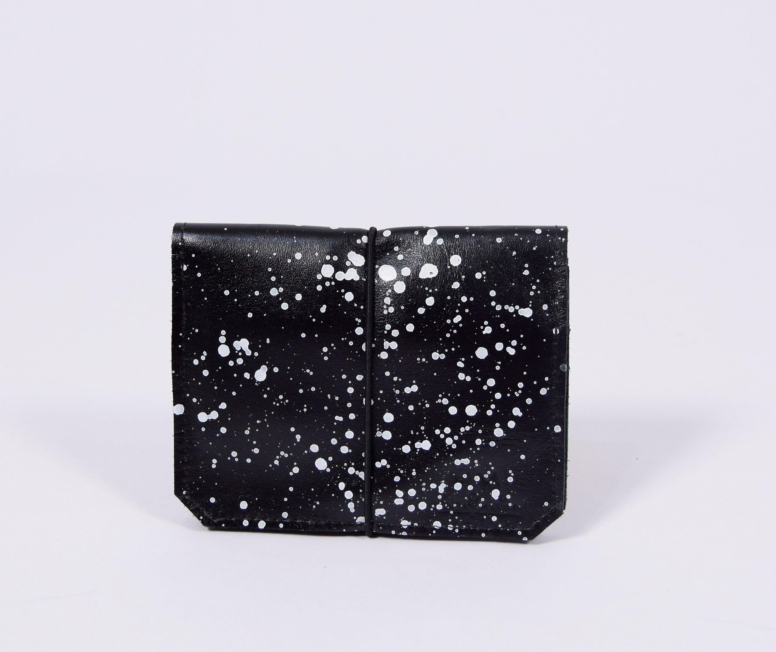Schwarzes gepunktetes Leder-Portemonnaie